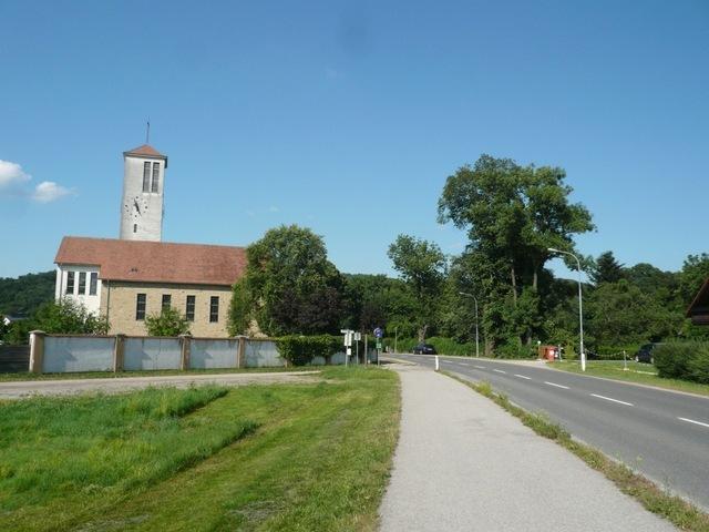 37_Zurueck_bei_der_Kirche